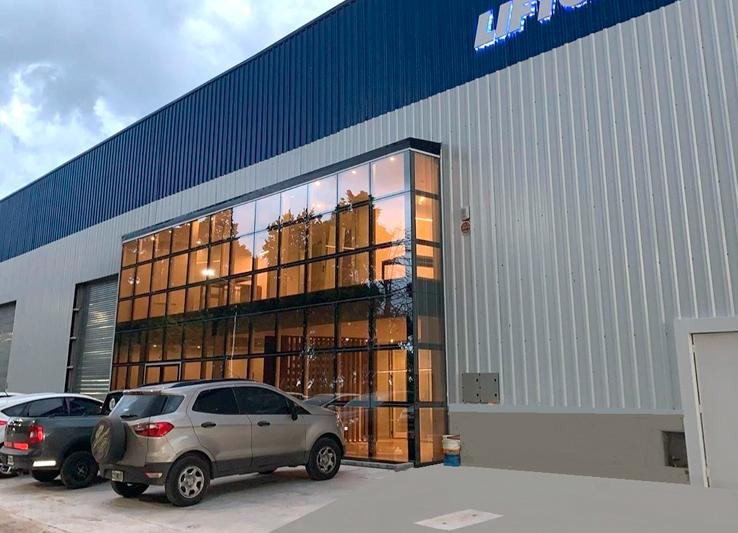 Nueva Planta Industrial Liftgate